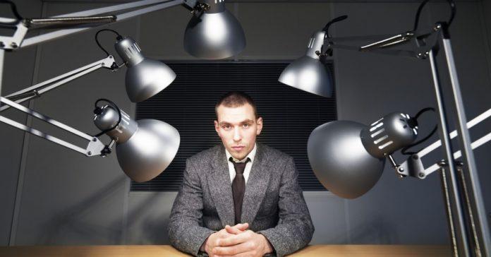 10 sinais de que seu funcionário está prestes a pedir demissão