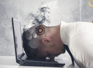 """Quando o """"burnout"""" é um sinal de que você deveria pedir demissão"""