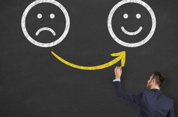 Por que não estar totalmente feliz no trabalho pode ser positivo